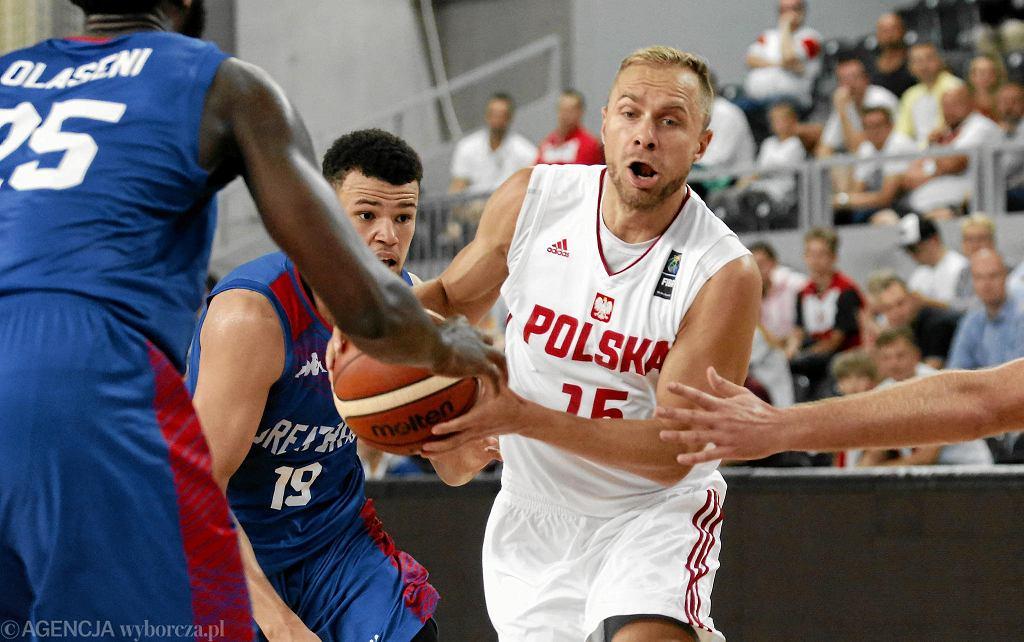 Łukasz Koszarek w meczu Polska - Wielka Brytania