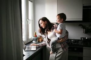Co czwarte dziecko w Polsce rodzi się w związku pozamałżeńskim. Nowy raport GUS