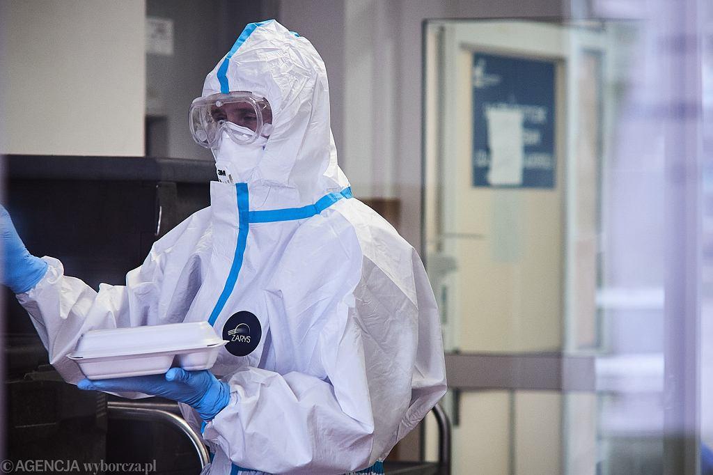 Lekarz w uniformie