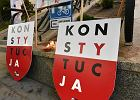 """""""Polska w ruinie"""", ogłosili protestujący w Olsztynie"""