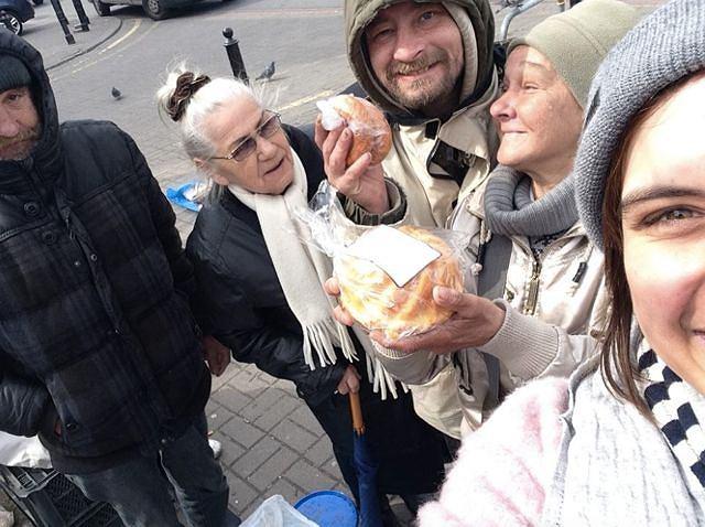 Maria Skołożyńska, organizatorka inicjatywy podczas pierwszej edycji akcji 'Podziel się Posiłkiem z Bezdomnymi'.