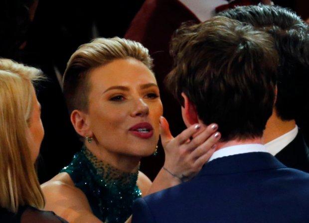 Scarlett Johansson i  Eddie Redmayne