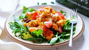 Dobrze zbilansowane menu zawiera dużo warzyw i owoców.