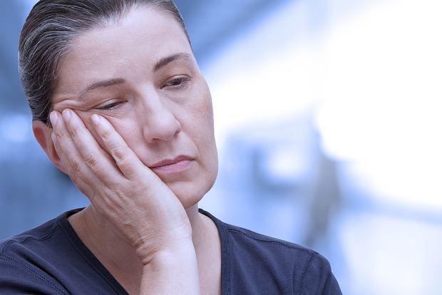 Miastenia (autoimmunologiczna choroba mięśni): objawy, leczenie