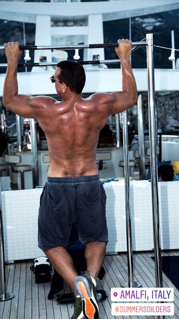 Alex Rodriguez trenuje na wakacjach w Amalfi
