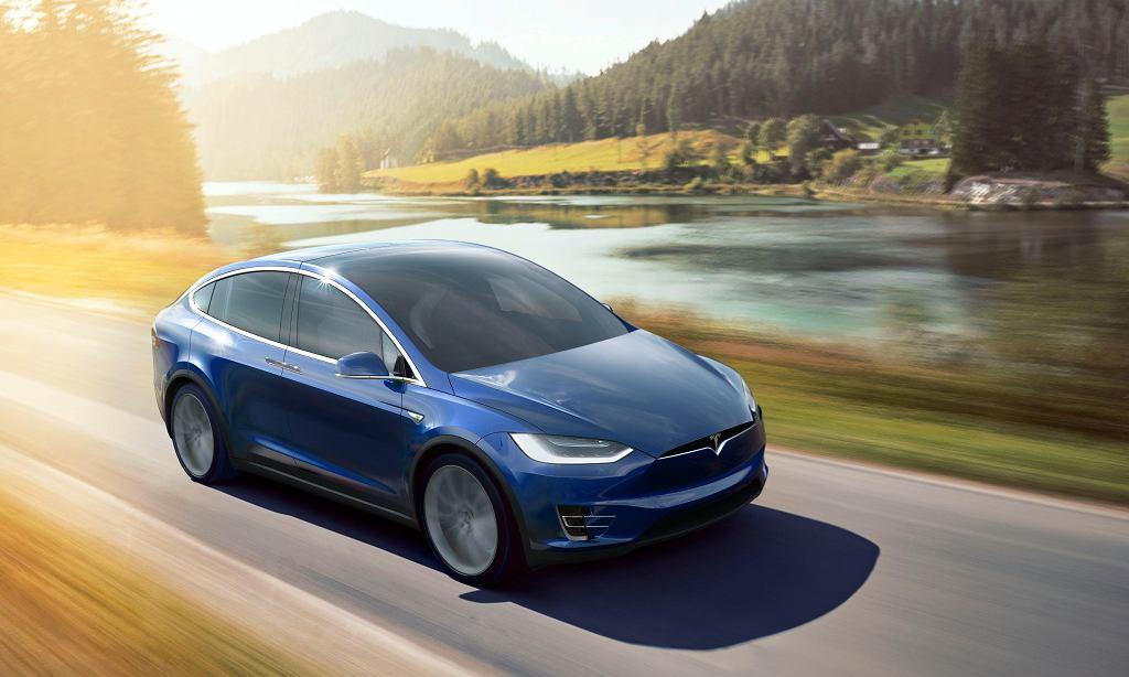 Elektryczna Tesla X