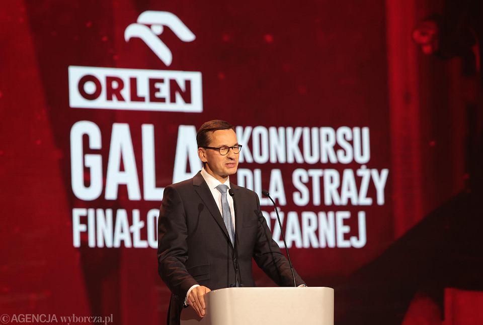 Zdjęcie numer 1 w galerii - Kielecka gala PKN Orlen dla strażaków. Premier Morawiecki apelował o pierwiastek patriotyczny [ZDJĘCIA]