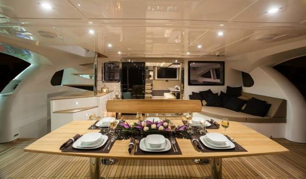 Wnętrze jachtu produkcji Sunreef Yachts