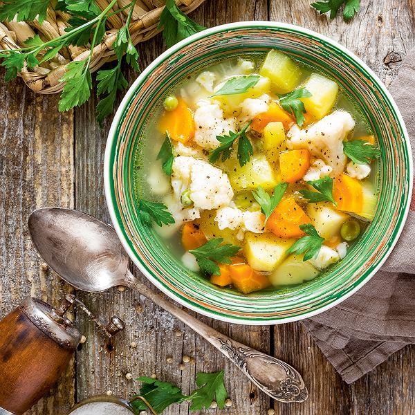 Zupa kalafiorowa z kalarepą