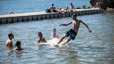 Upał w Opolu. Ochłoda w kąpielisku Bolko