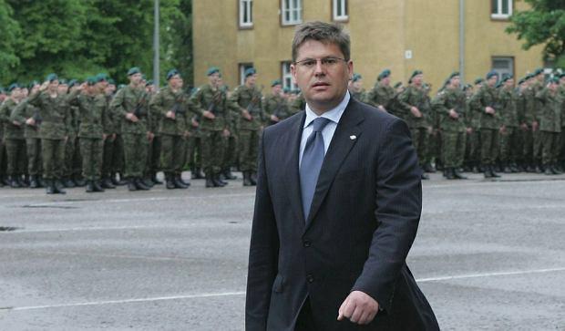 Wiceminister obrony Jacek Kotas. Zdjęcie z maja 2007 roku