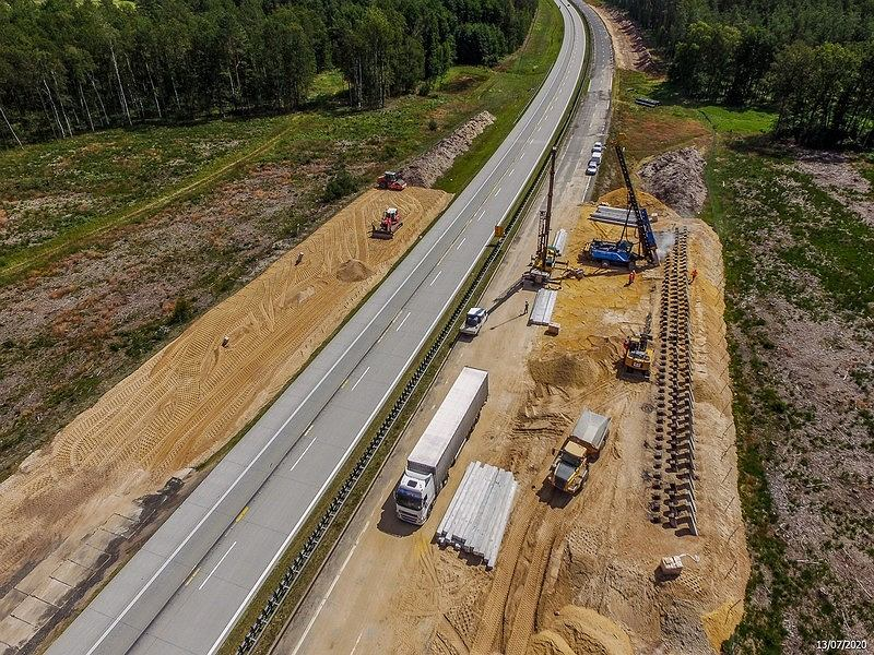 Przebudowa drugiego odcinka A18 w okolicach Żar, sierpień 2020