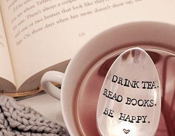 Herbata i dobra książka