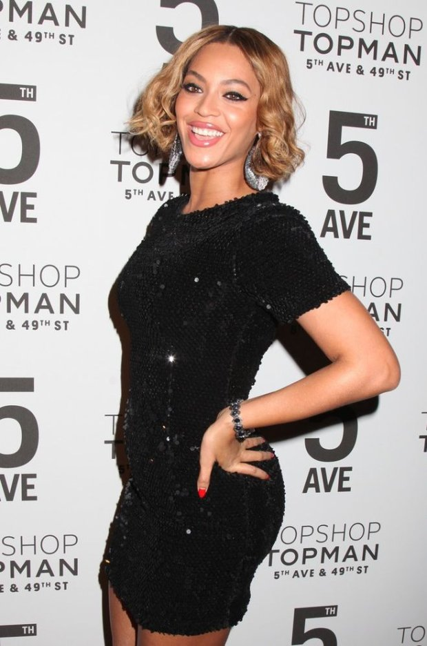 Mandatory Credit: Photo by Gregory Pace/BEI/REX (4231790s)  Beyonce Knowles  Topshop flagship store opening, New York, America - 04 Nov 2014