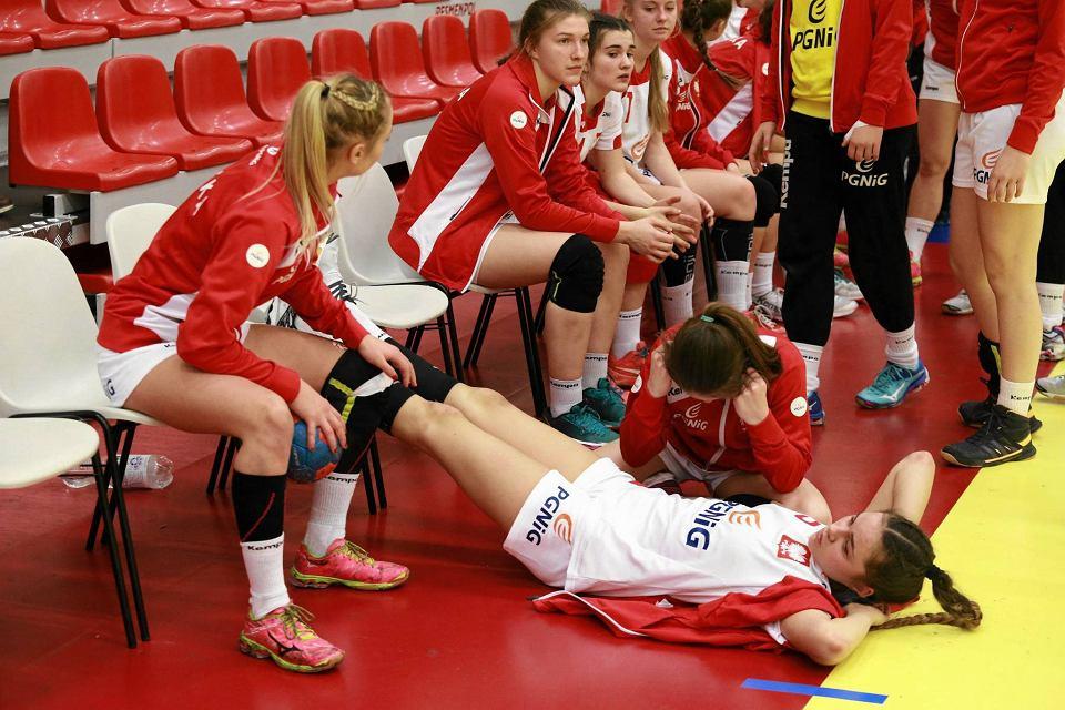 Zdjęcie numer 2 w galerii - Polskie juniorki młodsze zaczęły turniej w Płocku od porażki [FOTO]