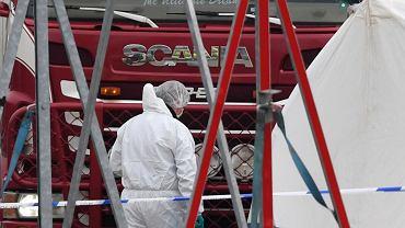 W ciężarówce w Anglii znaleziono ciała 39 osób