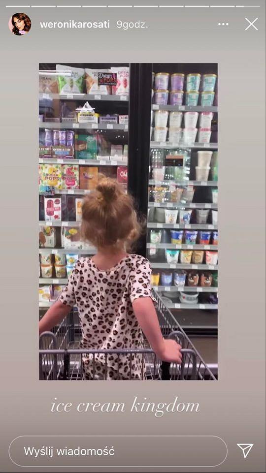 Małą Elizabeth uwielbia robić z mamą zakupy.