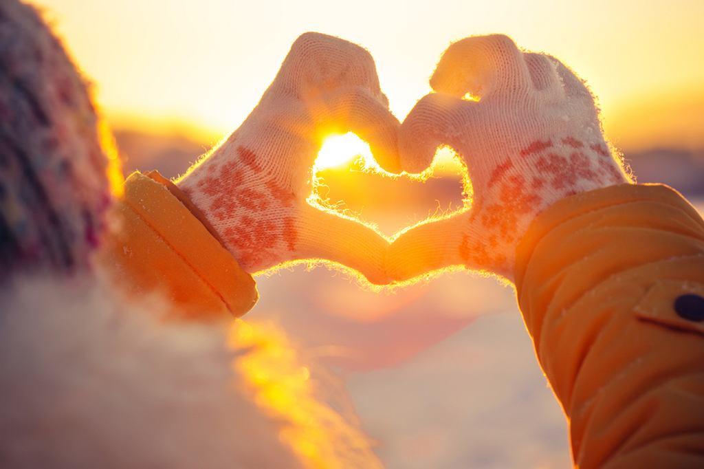 Kiedy pierwszy dzień zimy 2018? Astronomiczna rozpocznie się już jutro, 21 grudnia. A kalendarzowa zima dzień później - 22 grudnia.