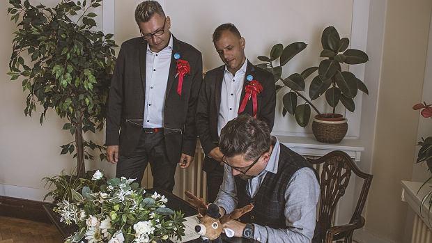 Ślub Darka i Kuby w lipcu 2017 roku. Robert Motyka w roli świadka
