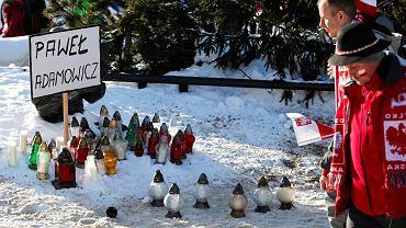 Zakopane: kibice upamiętnili Pawła Adamowicza