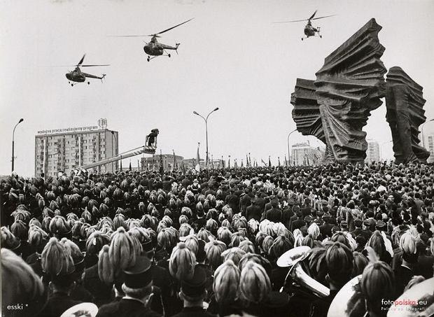 Zdjęcie numer 0 w galerii - Najsłynniejszy pomnik Katowic kończy 50 lat [ZDJĘCIA]
