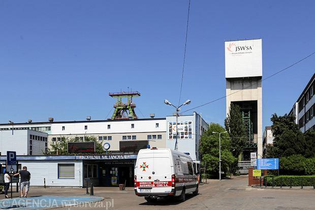 900 metrów pod ziemią w kopalni Zofiówka w Jastrzębiu Zdroju w sobotę przed południem doszło do silnego wstrząsu