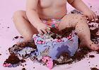 """Mama bardzo się zezłościła. Jej roczne dziecko dostało tort bez jej zgody. """"To nie w porządku"""""""