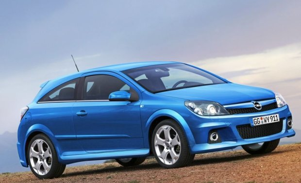 Opel Astra OPC 2005