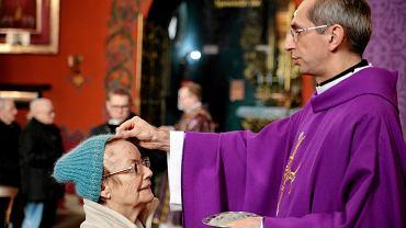 Środa Popielcowa - czy trzeba iść do kościoła?