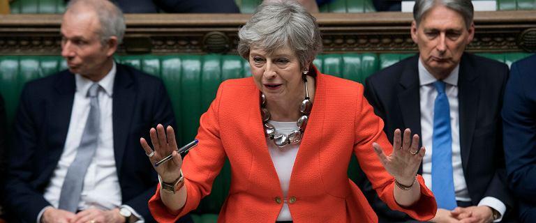 Brexit. Theresa May ma kilkadziesiąt godzin na zatwierdzenie umowy z UE