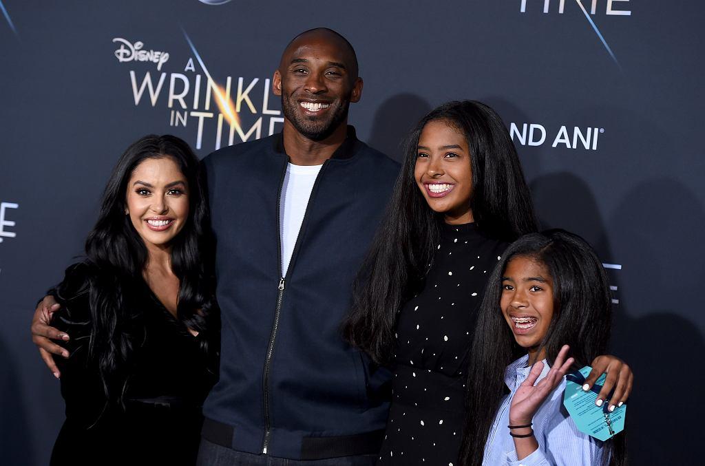 Kobe Bryant z rodziną:żoną Vanessą, córkami Natalią i i Gianną Marią-Onore, 2018 r.