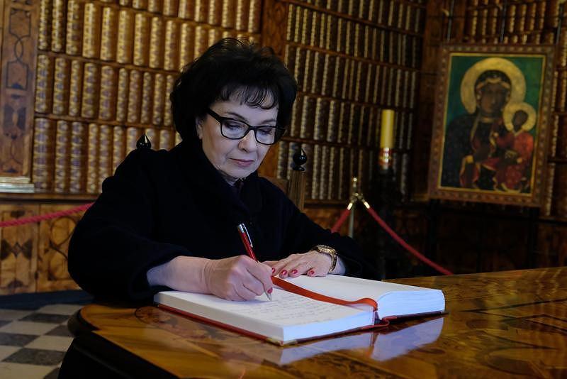 Marszałkini Sejmu Elżbieta Witek podczas 31. pielgrzymki parlamentarzystów na Jasną Górę