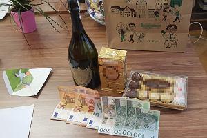 Alkohol i pieniądze za lepsze oceny. Mama z Warszawy próbowała przekupić dyrektora szkoły