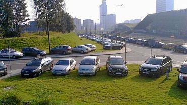 Zapchane parkingi w Strefie Kultury w Katowicach