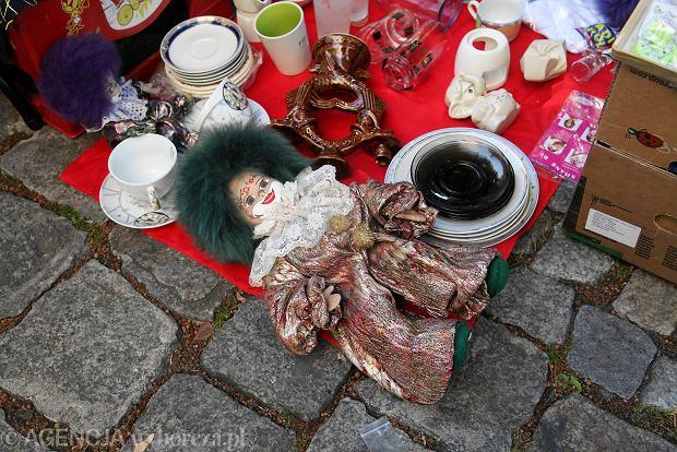 Zdjęcie numer 0 w galerii - Małe skarby na Pchlim Targu na Nadodrzu. Co można kupić? [ZDJĘCIA]