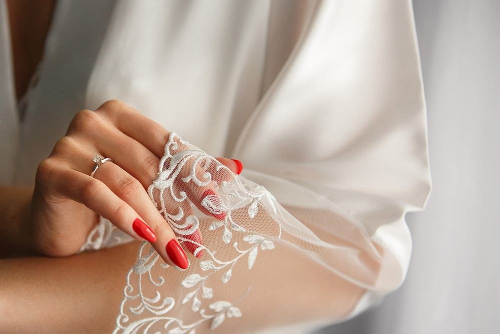 Jak dobrać paznokcie ślubne