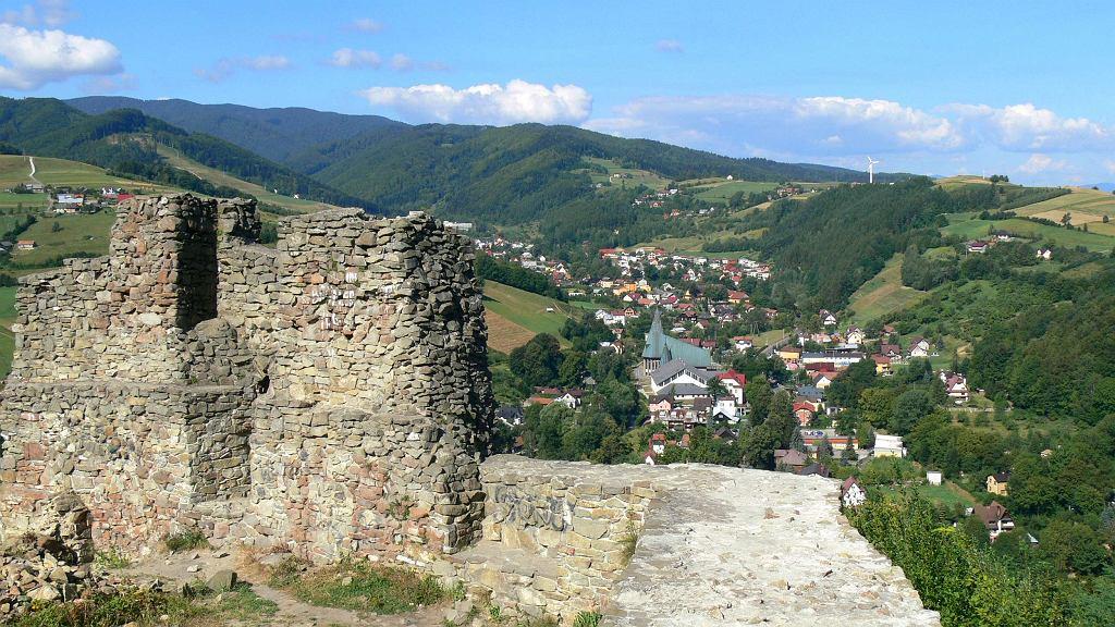 Rytro, ruiny zamku z XV wieku / Fot. Piotrgeosfera, CC BY-SA 3.0