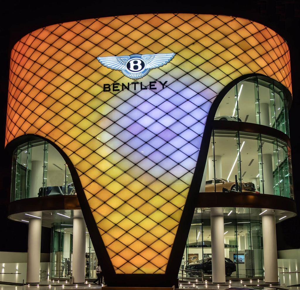 Salon Bentleya w Dubaju