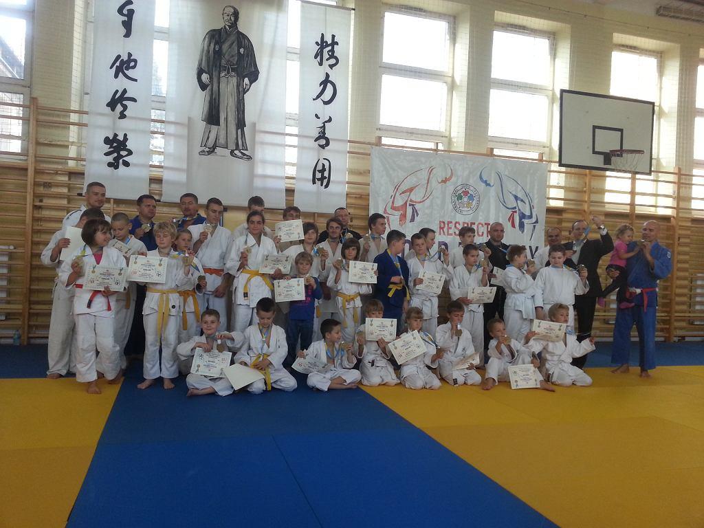 Sala VI LO w Lublinie. Narodowy Dzień Sportu i Światowy Dzień Judo