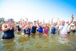 170 osób popłynęło w II Wyścigu Dookoła Molo Timex Cup 2015 [ZDJĘCIA]