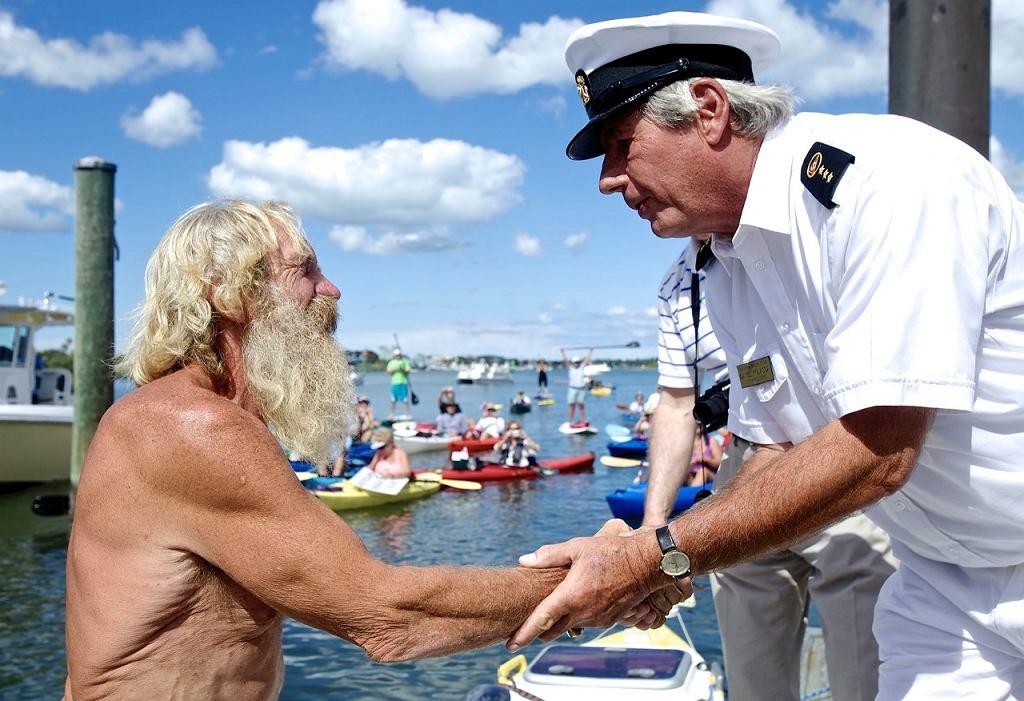 Koniec wprawy. Pozdrowienia i gratulacje składa Commodore Dan Kolassa
