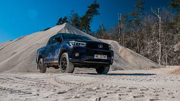 Toyota Hilux 2.4 D-4D 150 KM 6 A/T 4x4