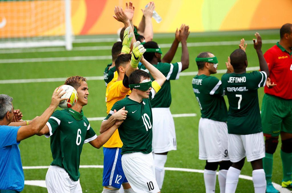 Mecz piłki nożnej niewidomych pomiędzy Brazylią a Marokiem podczas igrzysk paraolimpijskich w Rio