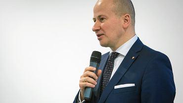 Kandydat PiS Bartłomiej Wróblewski