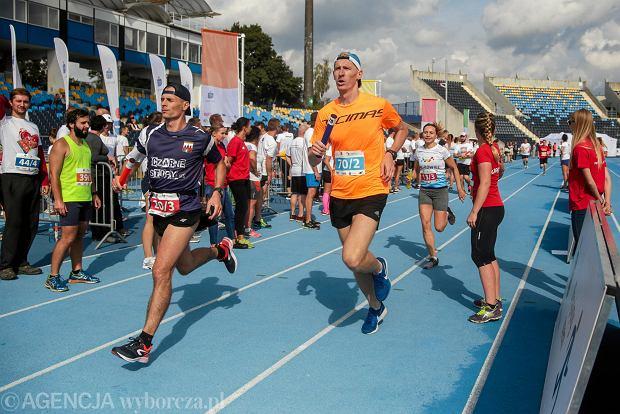 Zdjęcie numer 38 w galerii - PKO Bieg Charytatywny. Na Zawiszy pomagali biegając [ZDJĘCIA]