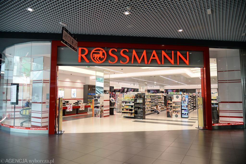 Sklep sieci Rossmann (zdjęcie ilustracyjne)