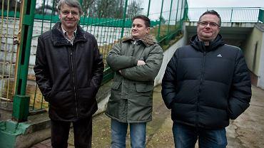Od lewej: udziałowiec większościowy Lechii Andrzej Kuchar, prezes Bartosz Sarnowski oraz szef skautingu klubu Roman Kaczorek