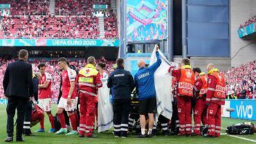Reanimacja Christiana Eriksena w meczu Dania - Finlandia, Euro 2020