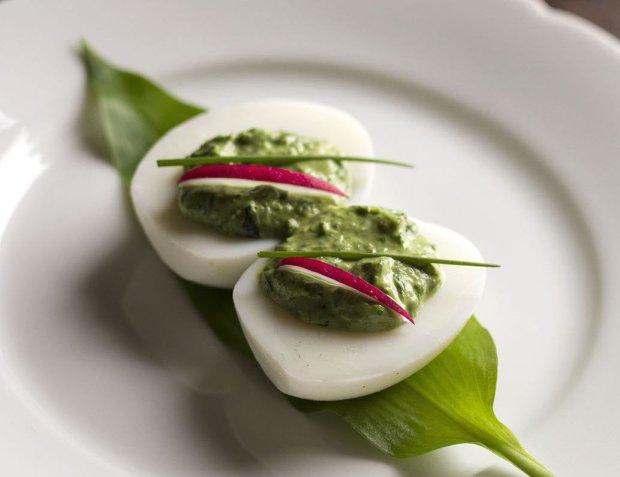 Efektowne jajka na Wielkanoc - najlepsze przepisy