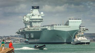 Lotniskowiec 'Queen Elisabeth' zwana 'Wielką Lizzie'